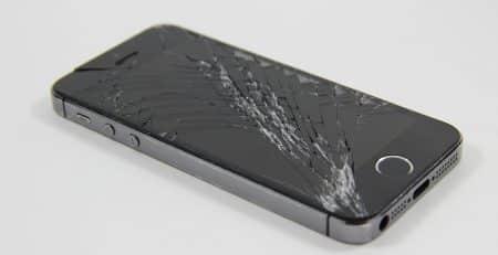 iphone 5s avec ecran casse