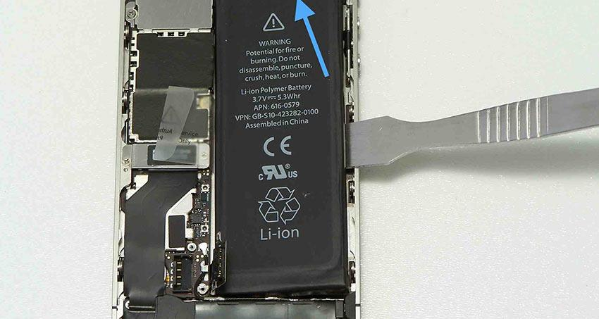 soudure-batterie-iphone-4s